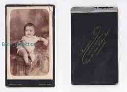 Photo Cdv D'un Bébé, Photographe Fermepin Hermanos, Buenos Aires, Album Seguin - Anciennes (Av. 1900)