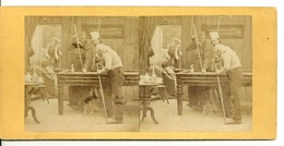 PHOTO STEREOTYPE SUR SUPPORT CARTON / JOUEURS AU BILLARD - Anciennes (Av. 1900)