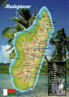 1 MAP Of Madagascar * 1 Ansichtskarte Mit Der Landkarte Von Madagaskar - Im Kleinen Bild Ein Katta * - Landkarten