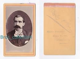 Photo Cdv D'un Homme, Photographe Bradley Y Cia, Buenos Aires, Album Seguin - Anciennes (Av. 1900)