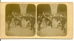 PHOTO STEREOTYPE SUR SUPPORT CARTON / BAGARRE DE JEUNES GARCONS - Anciennes (Av. 1900)