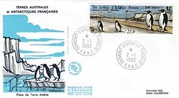 TAAF PREMIER JOUR 1992 N° PA124 Piste En Terre Adélie Oeuvre De Buffet Peintre 02-01-1992 Terre Adélie - FDC