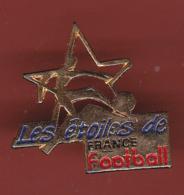 59292-pin's.Football .etoile De France. - Football