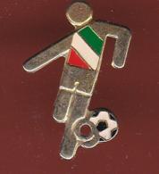 59294-pin's.Football .Italie.signé Giorgi 800. - Football