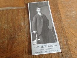 NIJMEGEN - P. H. KOUW - HOLLAND - NEDERLANDE - SELBSTBEWUSSTER HERR MIT SCHNAUZ - Persone Anonimi