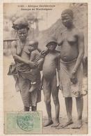 9AL1515 AFRIQUE OCCIDENTALE A O F Seins Nus GROUPE DE MANKAIGNES 2 SCANS - Guinea Francese