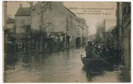 P346 - CREIL - Les Inondations De Janvier 1926, Rue Jean Jaures, Le Transport Des Habitants - Creil
