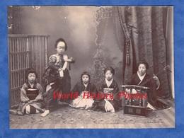 Photo Ancienne Avant 1900 - JAPON - Beau Portrait D' Enfant Japonais Instrument De Musique Music Asia Japan Fille Asie - Anciennes (Av. 1900)