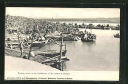AK Indien, Bathing Scene At The Confluence Of The Jumna & Ganges - Indien