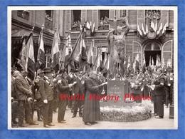 Photo Ancienne - PARIS - Inauguration Du Monument Aux Morts Du 9e Arrondissement - Ancien Combattants Médaille - War, Military