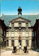 France Verdun La Cour De L'Hotel De Ville The Town Hall - Verdun