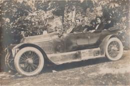 W18- CARTE PHOTO - AUTOMOBILE PEUGEOT - ANNEE 1910 ENVIRONS - + PERSONNAGES - 2 SCANS - Voitures De Tourisme