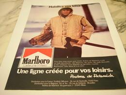 ANCIENNE PUBLICITE HABILLEZ VOS LOISIRS MARLBORO 1977 - Vintage Clothes & Linen