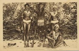 Nouvelles Hebrides Indigènes D' Aisse Santo Nude Men And Women - Vanuatu