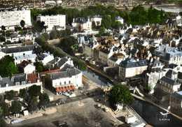 CPSM Grand Format EN AVION AU DESSUS DE MONTARGIS (Loiret ) Place Aristide Briand Colorisée  RV Edit Lapie - Montargis