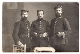 MILITARIA - CARTE PHOTO - 1915 - Groupe De  Militaires - Feldpostkarte - War 1914-18