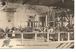 Ac15/    29   Douarnenez    L'usine - Salle D'emboitage Du Poisson      (animations) - Douarnenez