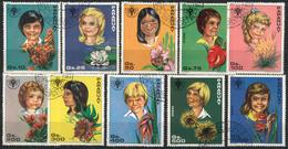 Paraguay: Mädchenköpfe Mit Blumen & Blüten, 10 Werte, Satz Gestempelt - Ohne Zuordnung