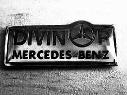 Pin's. - AUTOMOBILE : MERCEDES-BENZ DIVINOR - Mercedes