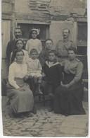 CARTE PHOTO - FAMILLE Pres Pres De VERDUN ?  Lieu A Identifier - Photographie