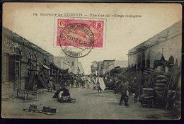 "Somalie - CPA ""Souvenir De Djibouti - Une Rue Du Village Indigène"" Timbre N° 71 - Cachet De Djibouti Du 19 Avril 1916 - - Somalia"