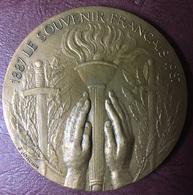FRANCE - Médaille LE SOUVENIR FRANCAIS Par J. Joachim - Professionnels/De Société