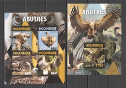 ST2159 2016 MOZAMBIQUE MOCAMBIQUE FAUNA BIRDS ABUTRES 1KB+1BL MNH - Arends & Roofvogels