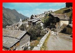 4 CPSM/gf (05) SAINT-VERAN.  Vue Générale / Vieille Fontaine En Bois / Une Rue Du Village / Plein Soleil D'hiver...B395 - Autres Communes