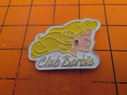 810d Pins Pin's / Rare & TB état / THEME : JEUX / JOUET POUPEE CLUB BARBIE - Jeux