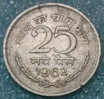 India 25 Naye Paise, 1962 W/o Mintmark - Calcutta -0616 - Inde