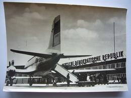 Avion / Airplane / DEUTSCHEN LUFTHANSA / Ilyushin IL-14 / Seen At Berlin Airport - 1946-....: Moderne