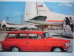 Avion / Airplane / CSA / Ilyushin IL-18 / Seen At Praha Airport - 1946-....: Ere Moderne