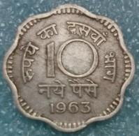India 10 Naye Paise, 1963 W/o Mintmark - Calcutta -0865 - Inde