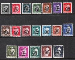 Surcharge Babken Ostland Sur Hitler (Guerre II) - Faux (Forgery) - Germania