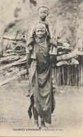 CARTE POSTALE ORIGINALE ANCIENNE : COLONIES AFRICAINES FRANCAISES LE SENEGAL LA CORVEE DE BOIS AFRIQUE  ANIMEE - Senegal