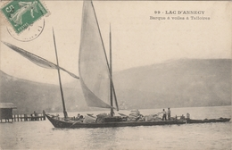 Haute Savoie . Lac D' Annecy . Barque à Voiles à Talloires . - Talloires