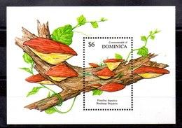 Hoja Bloque Dominica N ºYvert 178 ** SETAS (MUSHROOMS) - Dominica (1978-...)