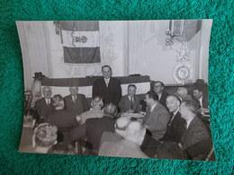 PHOTO ORIGINALE.ANCIENS COMBATTANTS.UNION DES MEDAILLES.CONGRES DE MARSEILLE 1955 - 1939-45