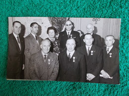 PHOTO ORIGINALE.ANCIENS COMBATTANTS.UNION DES MEDAILLES.CAFE NOAILLES.CONGRES DE MARSEILLE 1960 - 1939-45