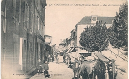 Cpa 79 Coulonges Rue Du Commerce - Coulonges-sur-l'Autize