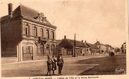 NOEUX-LES-MINES L'HOTEL DE VILLE ET LA ROUTE NATIONALE - Noeux Les Mines