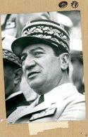 Photo Originale   Le Général  Jeannou LACAZE   Chef D'état Major Des Armées - Guerre, Militaire