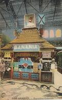 Stand Banania à L' Exposition Coloniale  Petit Noir Au Dos . Tirailleur Senegalais Près Du Stand Affiche Ya Bon - Expositions