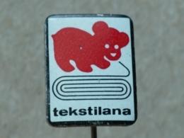 LIST 115 - CHIEN, DOG, TEKSTILANA, YUGOSLAVIA - Animals