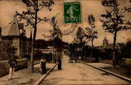 76-AUMALE...AVENUE DE LA GARE...CPA ANIMEE - Aumale