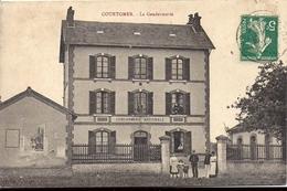 COURTOMER La Gendarmerie Edition R Forge à Courtomer 1912 - Courtomer