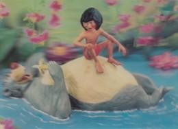Disney Theme, Jungle Book Mogli And Bear, 3-D Lenticular C1960s Vintage Postcard - Disney