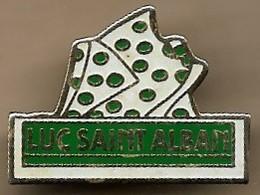 Pin's Luc-Saint-Alban Prêt-à-porter Besançon (25) 33 Rue De Chaillot Les Etablissements Weil Judaïca - Cities