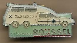 Pin's Ambulances Roussel Reims (51) 89 Rue Louis-Pasteur Citroën CX Extra-break Tél 26.04.80.00 - Cities