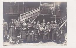AK Foto Einheimische Männer, Frauen Und Kinder - Südosteuropa - Bulgarien Rumänien (?) - Ca. 1915  (41958) - Europa